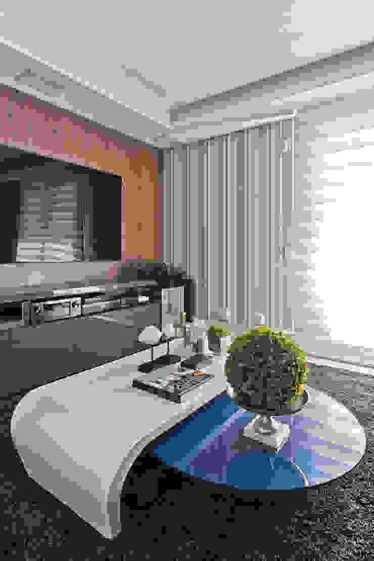 Casa em Jurerê Internacional – SC – Brasil Salas multimídia clássicas por Samara Barbosa Arquitetura Clássico