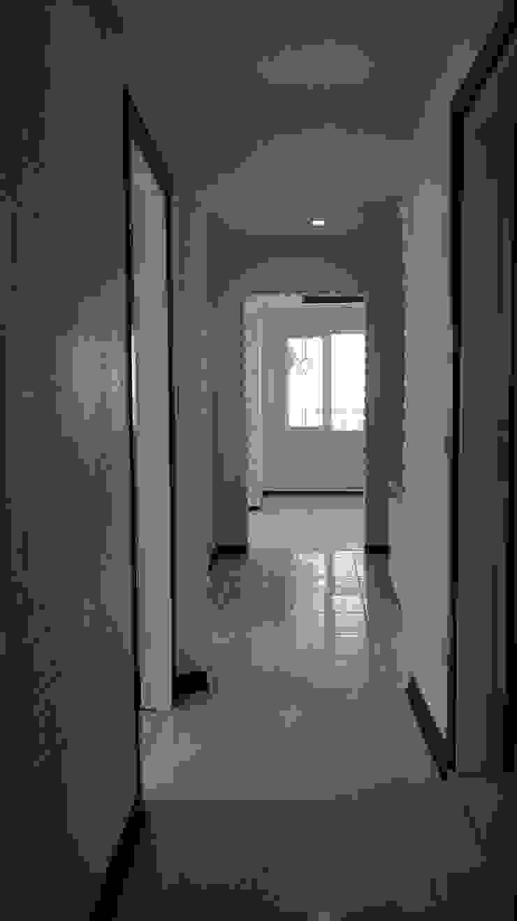 Çalışmalarımız Modern Koridor, Hol & Merdivenler Şahin Dekorasyon Modern