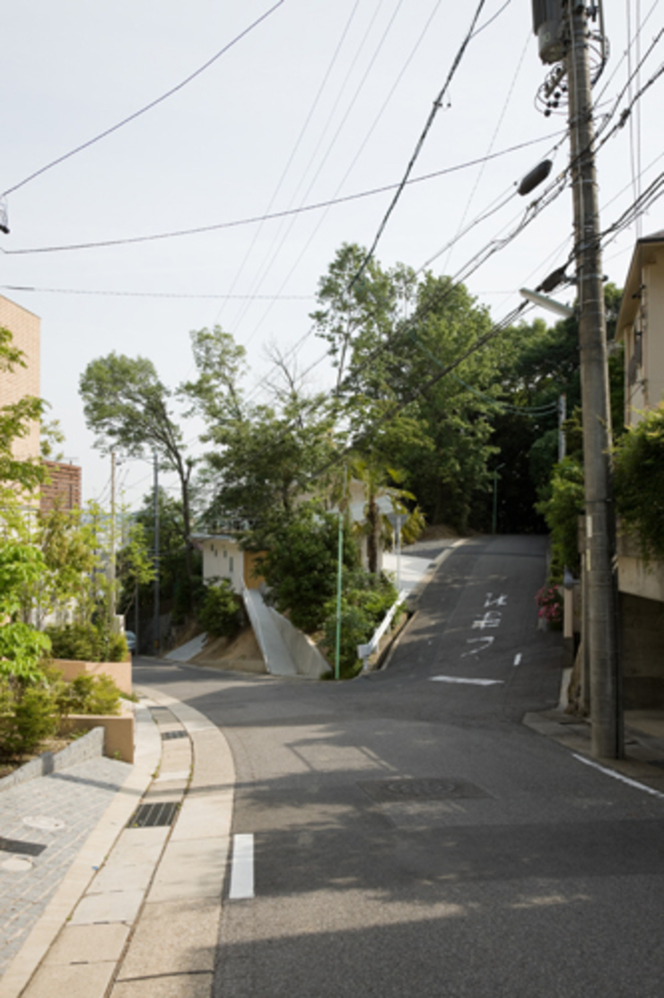 birdhouse: Katsuhiro Miyamoto & Associatesが手掛けた折衷的なです。,オリジナル