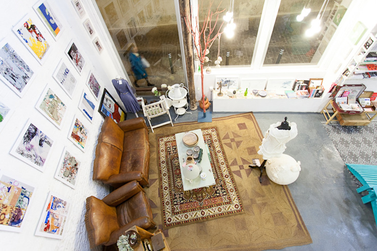 Eclectic style offices & stores by Wabi Sabi Shop Gallery Eclectic