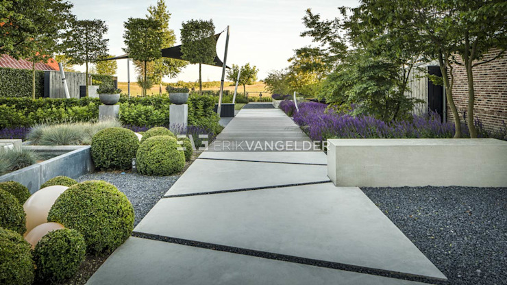 Modern Garden by ERIK VAN GELDER | Devoted to Garden Design Modern