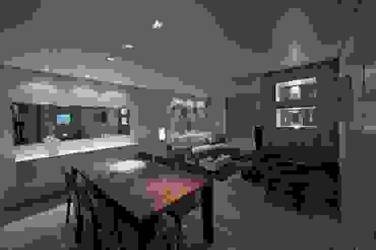Casa em condomínio Salas de estar modernas por Cristiano Carvalho Arquitetura e Design Moderno