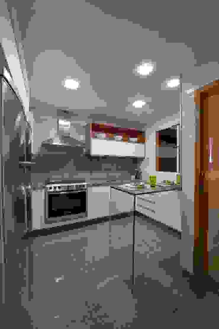 Casa em condomínio Cozinhas modernas por Cristiano Carvalho Arquitetura e Design Moderno