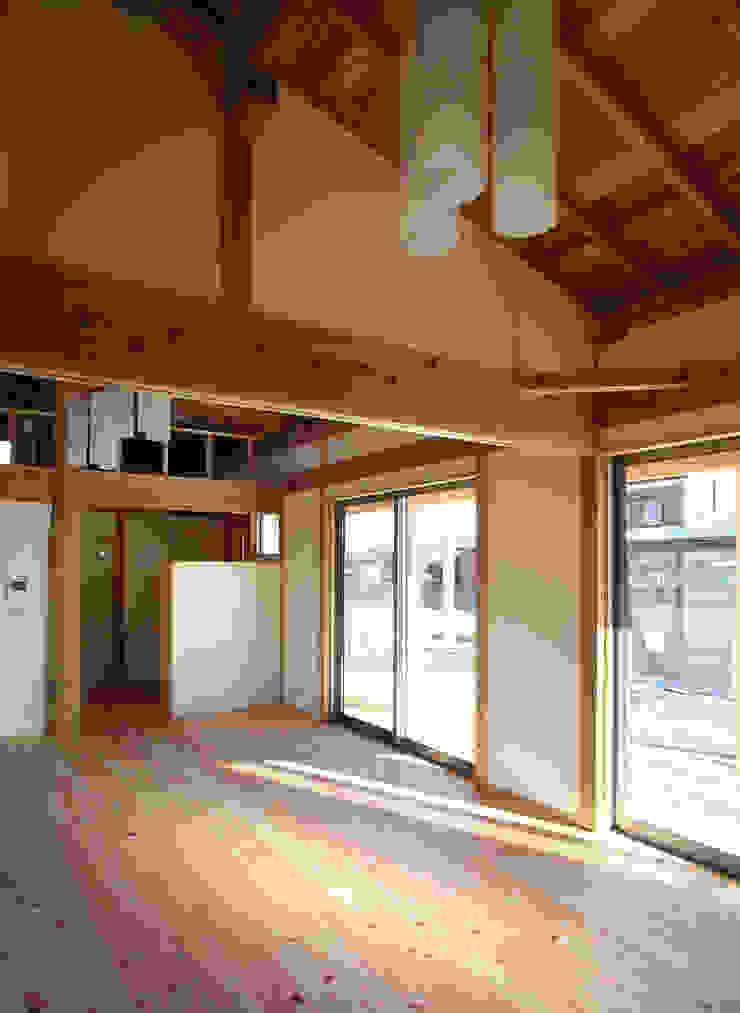 Chambre originale par 八島建築設計室 Éclectique