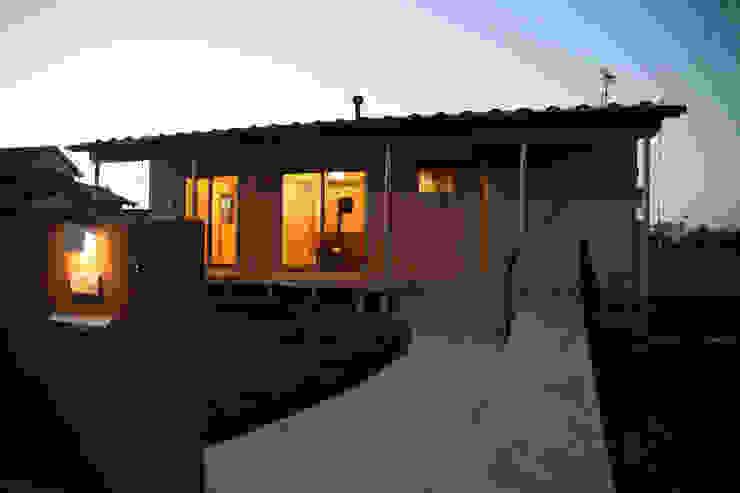 Maisons originales par 八島建築設計室 Éclectique
