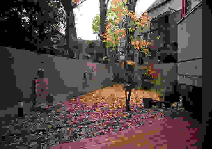 庭: 八島建築設計室が手掛けた庭です。,オリジナル