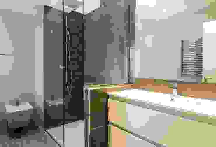 Indire Reformas S.L. Ванна кімната