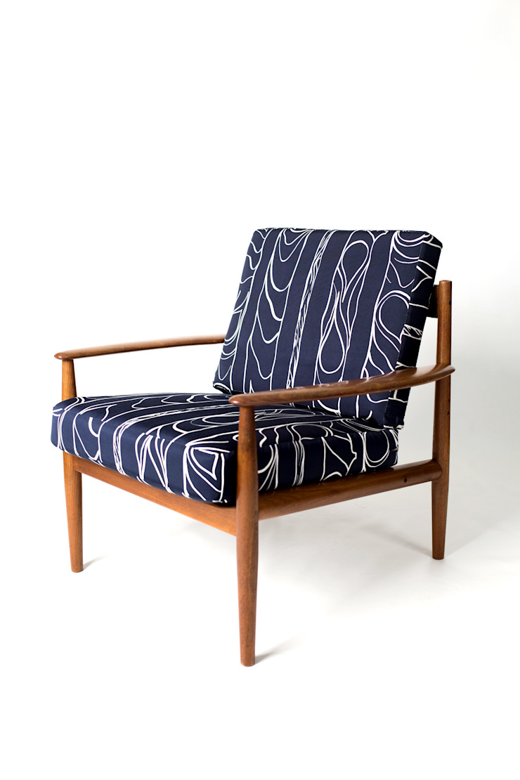 Zhivago fabric 'midnight': modern  by NAT MAKS, Modern