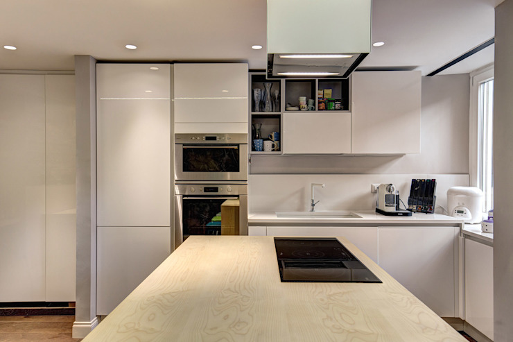 MACHIAVELLI: Cucina in stile  di MOB ARCHITECTS,