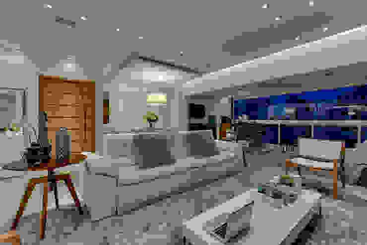 Projeto Salas de estar modernas por carla felippi arquiteta Moderno
