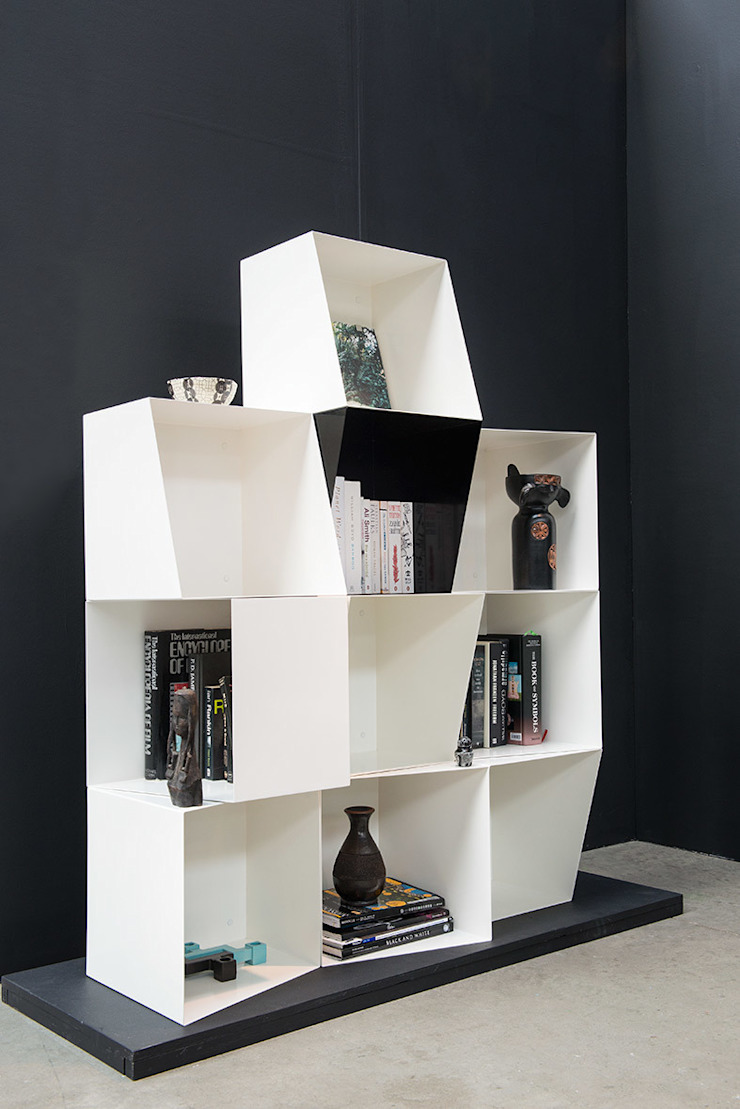 Bookcase TOTEM by design by nico