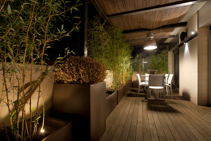 Terrace by The Pont design, Modern