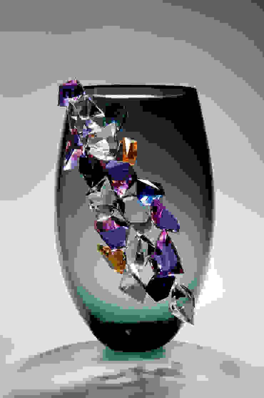 Cristalline in grey by Vessel Gallery
