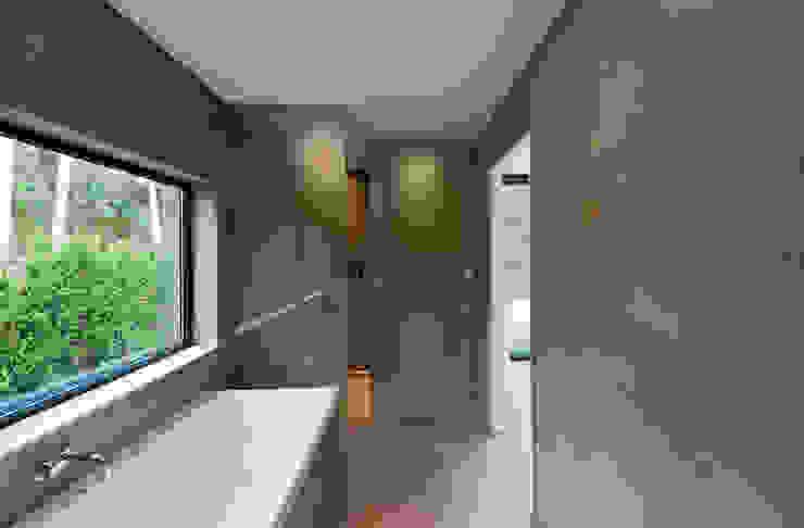 Casas de banho  por 123DV Moderne Villa's, Moderno