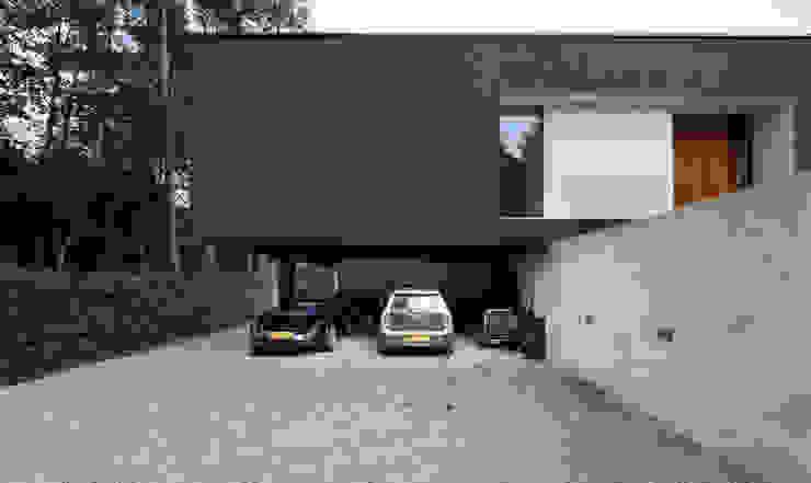 Garagens e arrecadações  por 123DV Moderne Villa's, Moderno