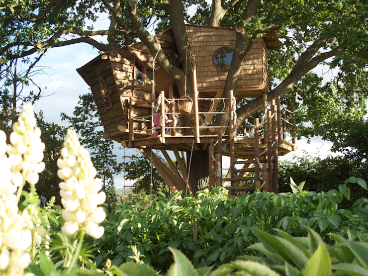Imaginative Tree House Charm Taman Gaya Rustic Oleh Squirrel Design Tree Houses Limited Rustic