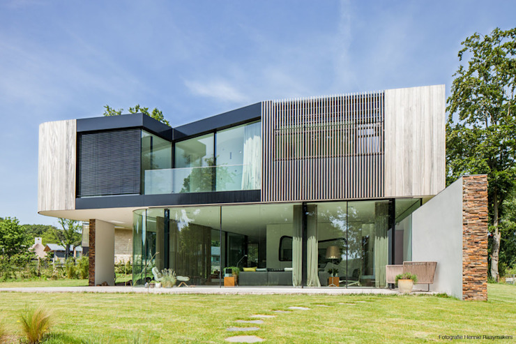 Casas de estilo moderno de 123DV Moderne Villa's Moderno