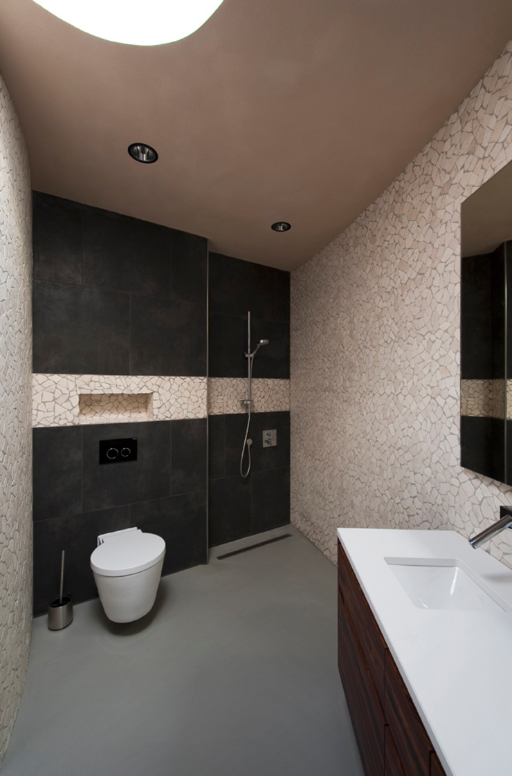 Villa Dalí Moderne badkamers van 123DV Moderne Villa's Modern