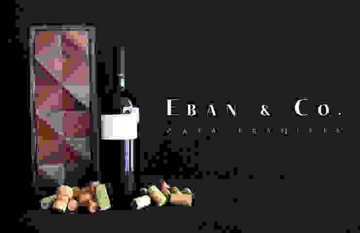 CORA de Eban & Co. Moderno
