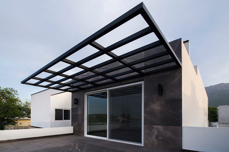 Detalle Exterior Terraza Familiar de Eugenio Adame Arquitectos