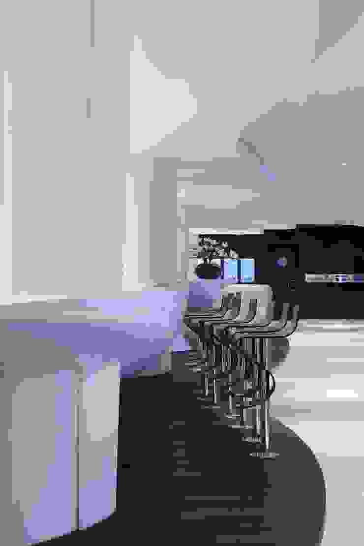 Privium ClubLounge Moderne vliegvelden van M+R interior architecture Modern