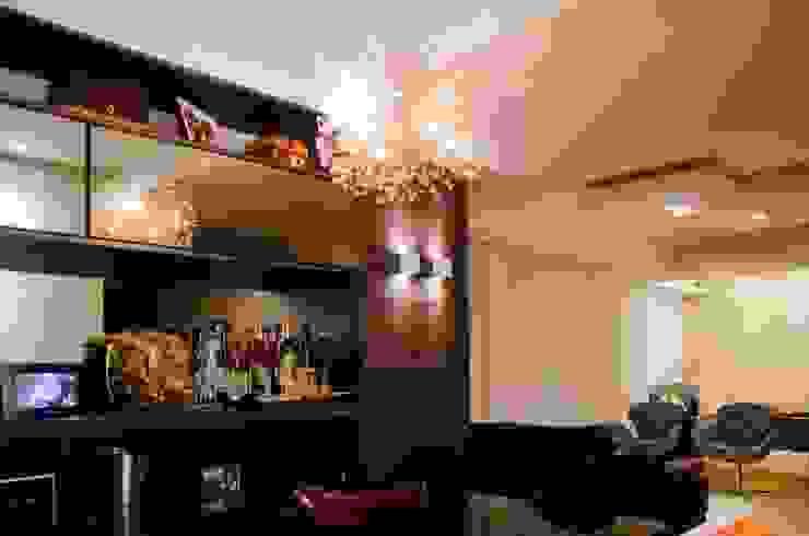 Sala de Jantar + Sala de Estar Salas de estar modernas por Paula Werneck Arquitetura Moderno