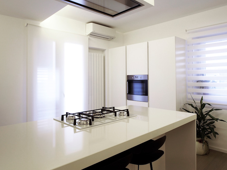 Nowoczesna kuchnia od Laboratorio di Progettazione Claudio Criscione Design Nowoczesny