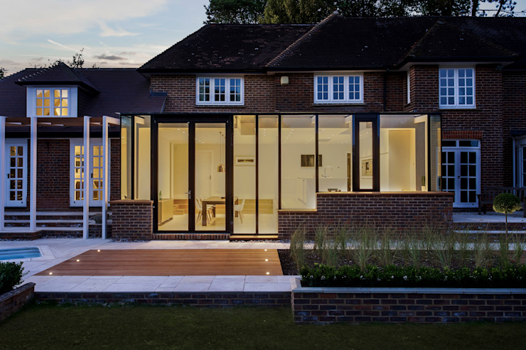 Andover Road Modern kitchen by IQ Glass UK Modern