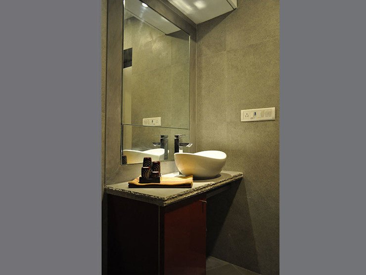 Modern Residence in Pali Hill Modern bathroom by S K Designs Modern