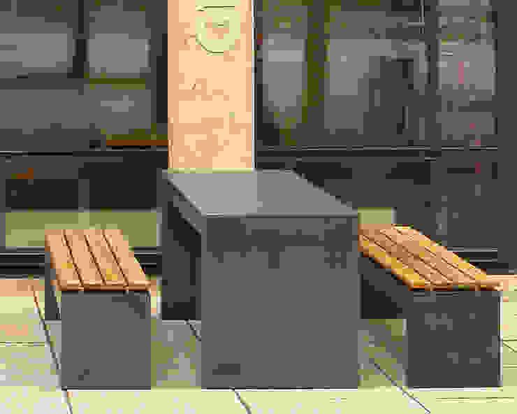 Betonbank San Vito 2000: modern  von oggi-beton,Modern Beton