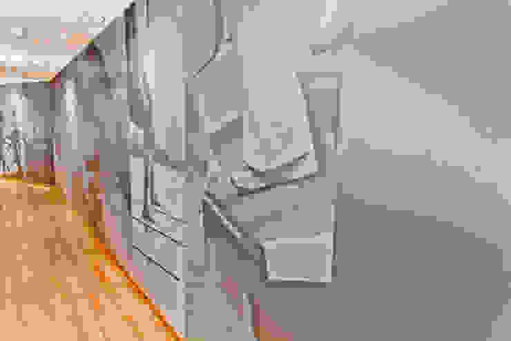 Gimnasio Roma Health Club Espacios comerciales de estilo moderno de Belloch Studio Moderno
