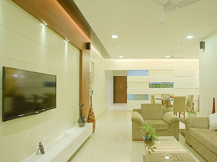 s k designs - contemporary residence in Andheri Modern living room by S K Designs Modern