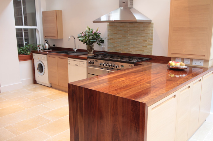 Mitred Black Walnut Worktop de NAKED Kitchens