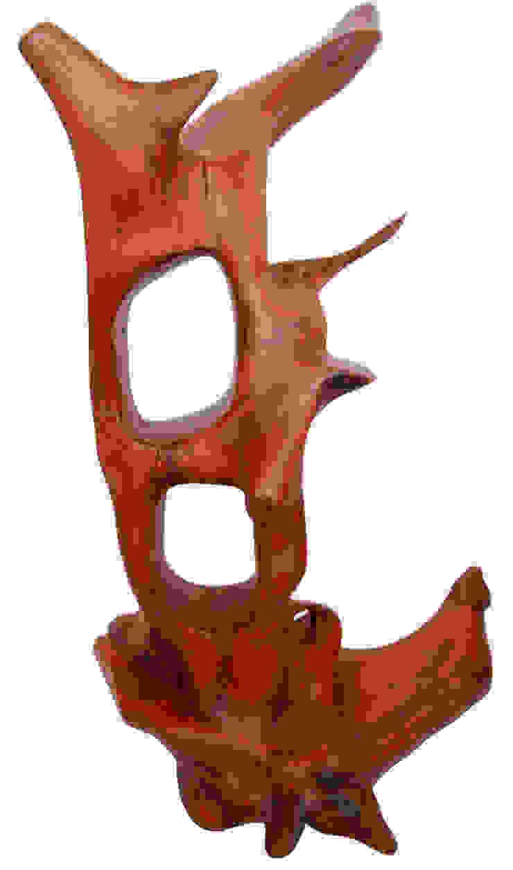 sculpture 65 by Inishowen Bogwood Sculptures