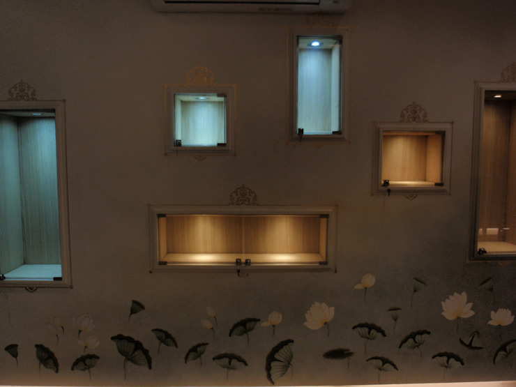 jewellery showroom: asian  by mahak impressions,Asian