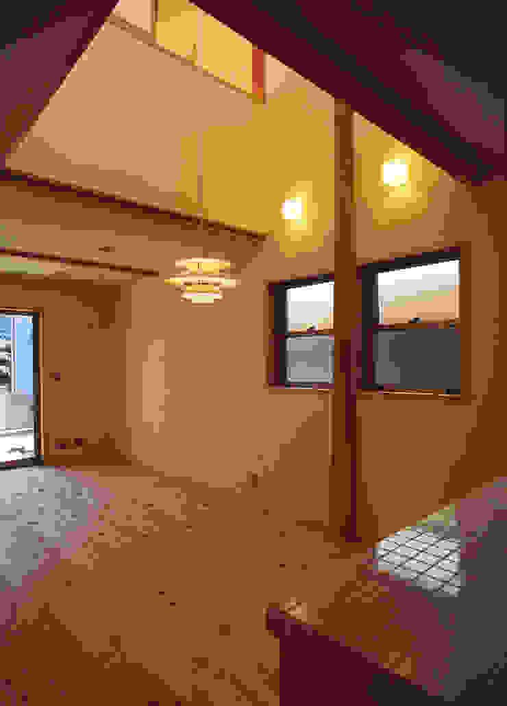 ダイニング オリジナルデザインの リビング の 八島建築設計室 オリジナル