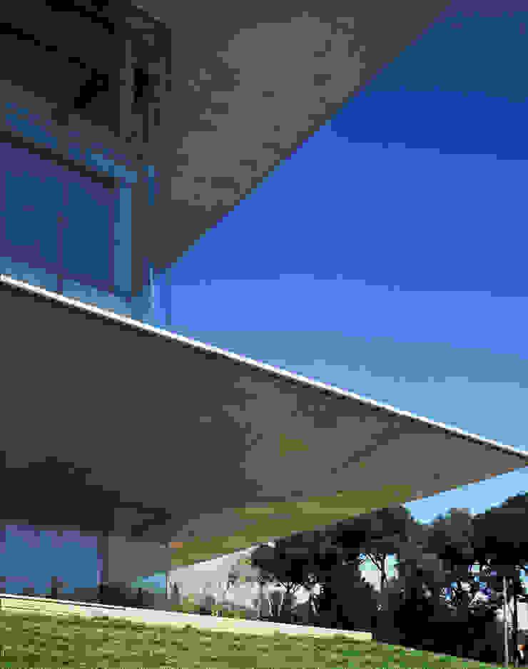 Nexus II de Ricardo Bofill Taller de Arquitectura