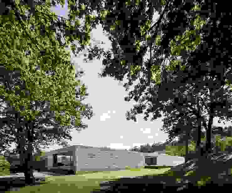 Casa Sambade Casas modernas por spaceworkers® Moderno