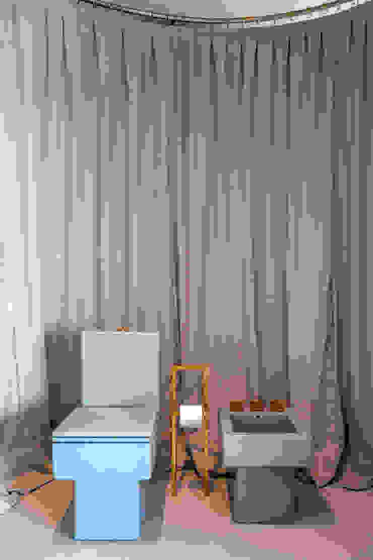 Loft Tropical – Casa Cor 2014 Banheiros modernos por Gisele Taranto Arquitetura Moderno