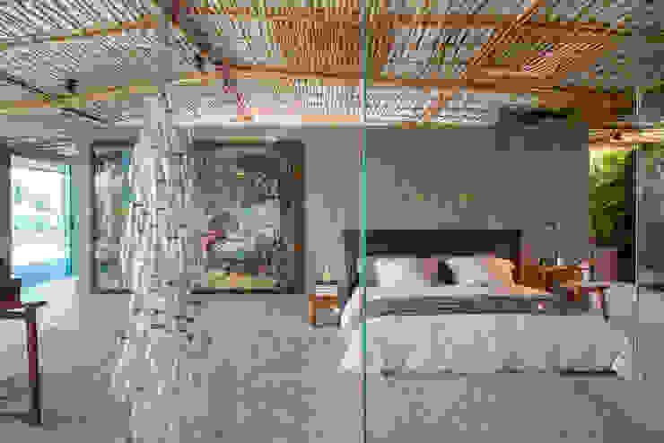 Loft Tropical – Casa Cor 2014 Quartos modernos por Gisele Taranto Arquitetura Moderno
