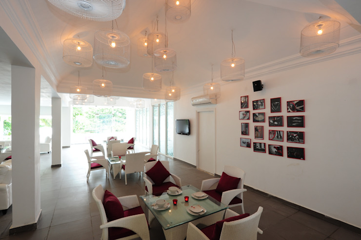 TestaRossa Rooms by aamir&hameeda associates