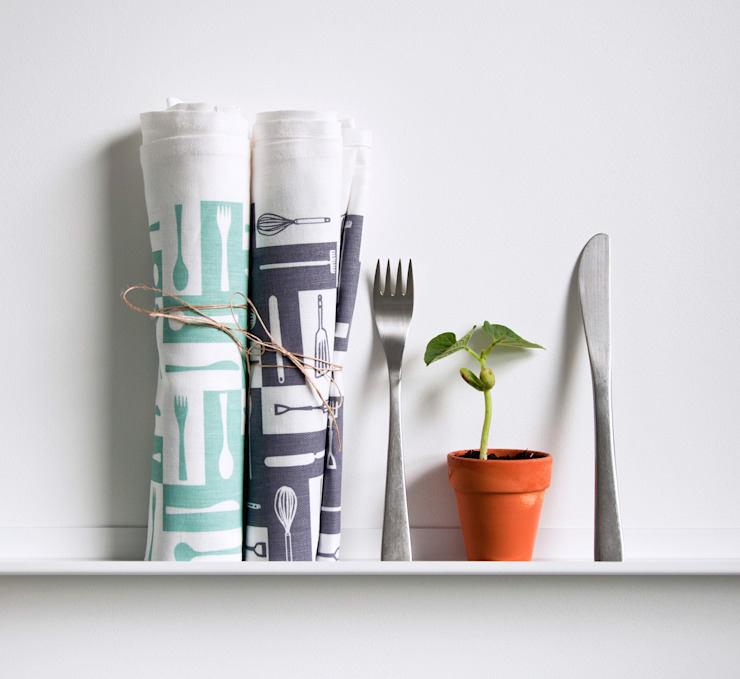 Plot to Plate tea towels by Kate Farley: modern  by Kate Farley, Modern