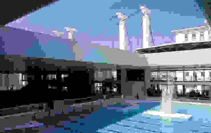 Olympic swimming pool of Montpellier de Ricardo Bofill Taller de Arquitectura