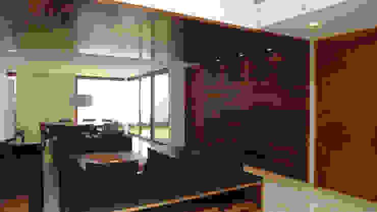 Casa AA Salones modernos de ze|arquitectura Moderno