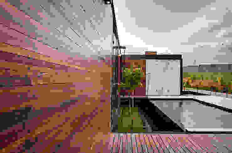 Casa Painel: Casa  por Bruno Rubiano