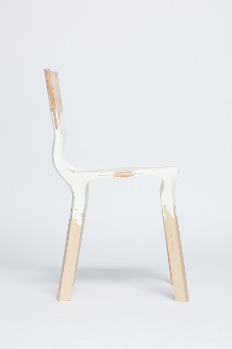 The PlasticNature chair: modern  door PeLiDesign, Modern