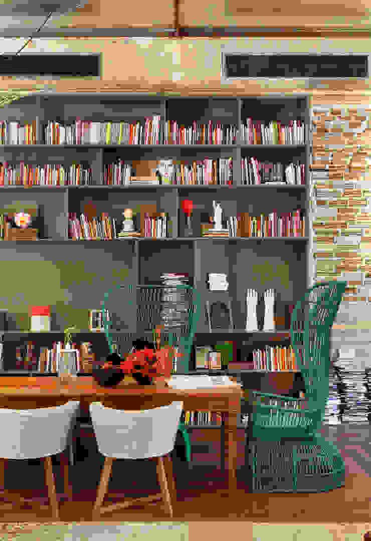 Hotel lounge – Casa Cor Rio 2012 Comedores de estilo clásico de Gisele Taranto Arquitetura Clásico