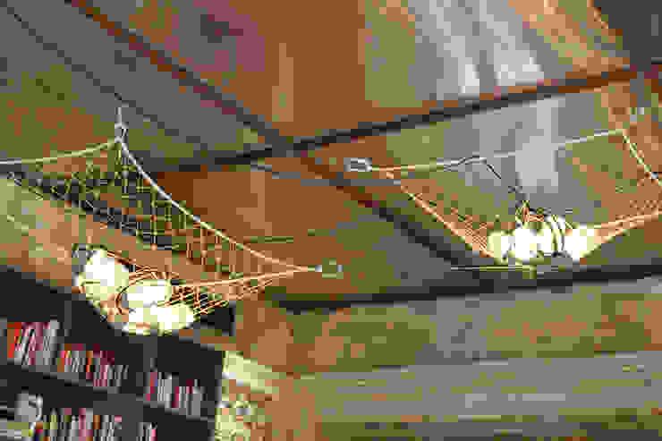 Hotel lounge - Casa Cor Rio 2012 클래식스타일 벽지 & 바닥 by Gisele Taranto Arquitetura 클래식