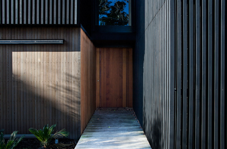 Ventanas de estilo  por Dorrington Atcheson Architects,