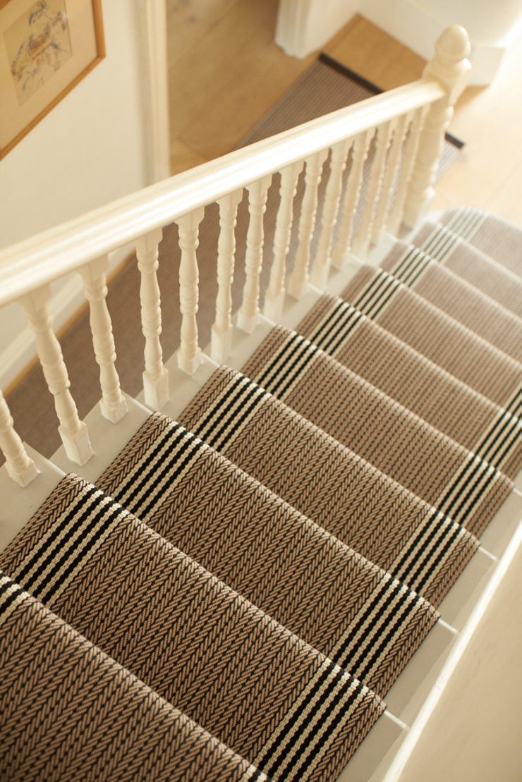Flaxman Stone Modern corridor, hallway & stairs by Roger Oates Design Modern